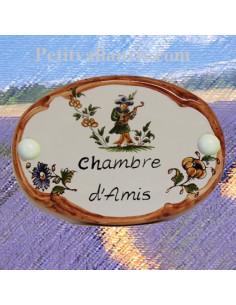 Plaque ovale inscription chambre d'amis décor tradition vieux moustiers polychrome bord ocre