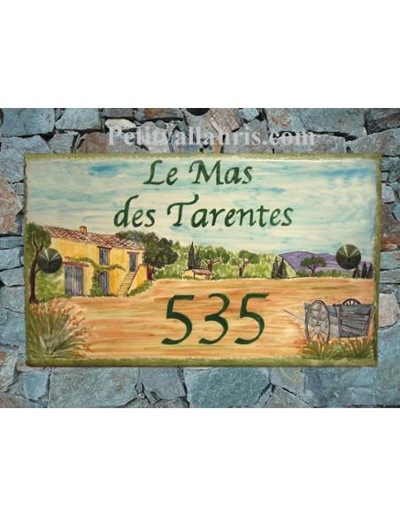 Plaque de Maison rectangle en céramique émaillée décor artisanal motif campagne et bastide-fermette inscription personnalisée