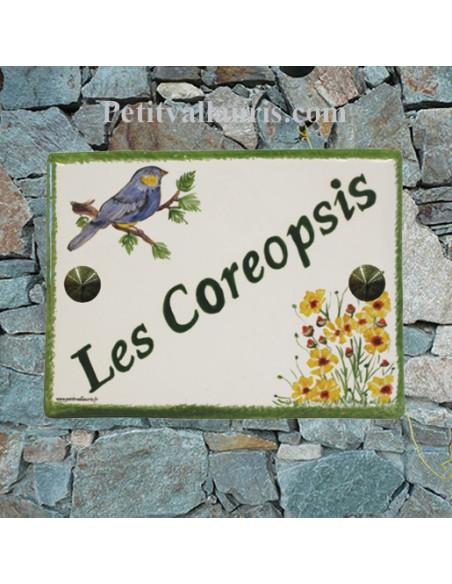 plaque pour maison en céramique motif mésange bleue et fleurs coreopsis inscription personnalisée couleur verte