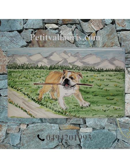 Grande plaque rectangulaire de maison en faience motif artisanal chien bouledogue Anglais + personnalisation