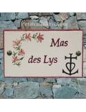 Plaque pour maison en faïence décor lys et croix de camargue