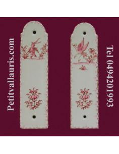Demi plaque décorative en porcelaine blanche motif oiseau, personnage ou fleurs rose