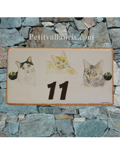 Plaque de maison rectangle en céramique décor 3 chats