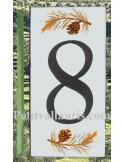 Numero de rue chiffre 8 décor branche et pigne de pin