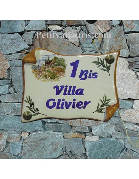Plaque de Maison en faience modèle parchemin motif cabanon et olivier inscription personnalisée bleue bord ocre
