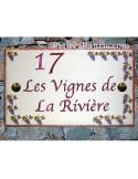 Plaque de Villa rectangle décor treille grappes de raisin bord et inscription personnalisée mauve-prune