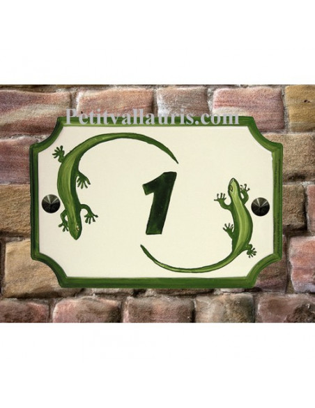 Plaque en céramique aux angles incurvés motif artisanal salamandres-lézard + inscription personnalisé