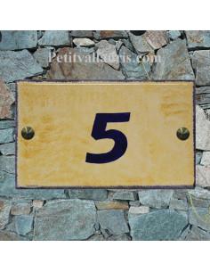 Plaque de Villa rectangle signalitique inscription personnalisée bleue fond couleur jaune-pierrevert