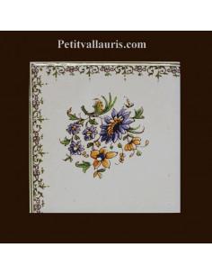 Carreau angle fleuri haut gauche décor Tradition Vieux Moustiers
