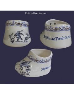 Chausson de naissance ou baptême personnalisé décor tradition vieux moustiers