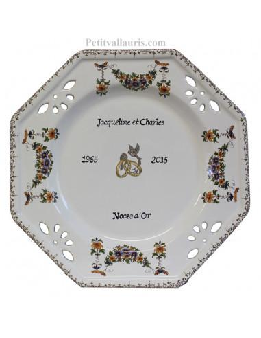 Assiette de Mariage octogonale décor tradition vieux moustiers polychrome