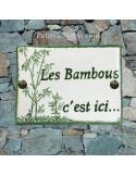 plaque de maison céramique personnalisée décor bambou inscription couleur verte
