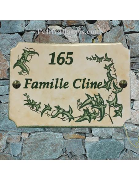 Grande plaque de maison en céramique modèle aux angles incurvés motif artisanal Lierres + inscription personnalisée