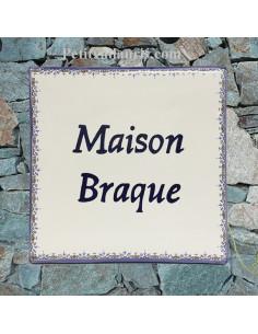 Plaque faience personnalisée pour votre maison bord bleu inscription bleue