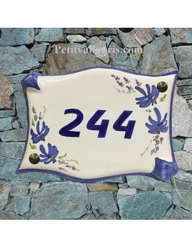 Plaque de maison parchemin décor fleurs bleues chiffre 244