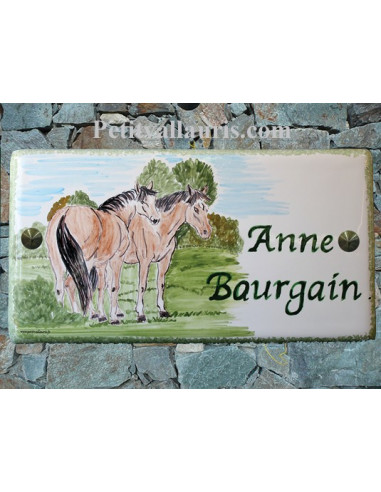 Plaque de Maison rectangle décor personnalisé chevaux inscription verte