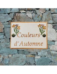 plaque de maison céramique personnalisée décor giroflées inscription couleur orange