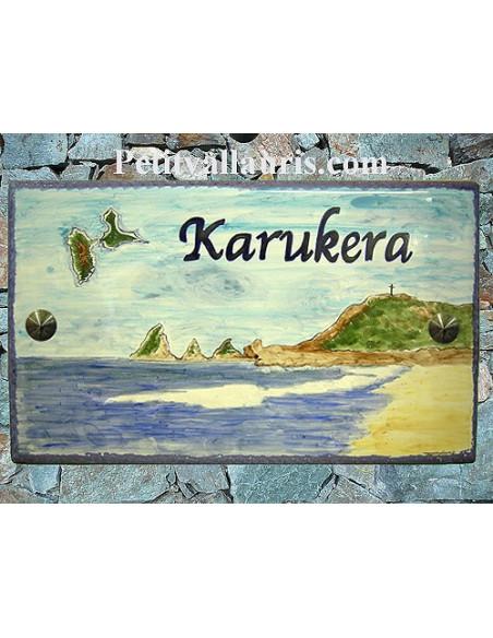 Grande Plaque de Maison en céramique émaillée décor artisanal plage de Guadeloupe + personnalisation de l'inscription