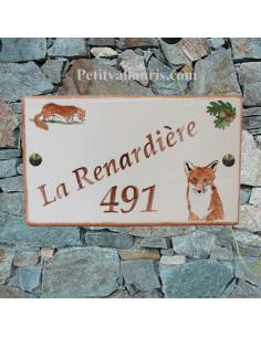 Plaque de maison en céramique décor la belette et le renard