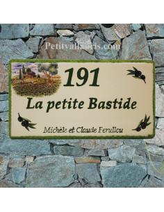 Plaque de Maison rectangle décor cabanon et olivier + brins d'olives inscription personnalisée bord vert