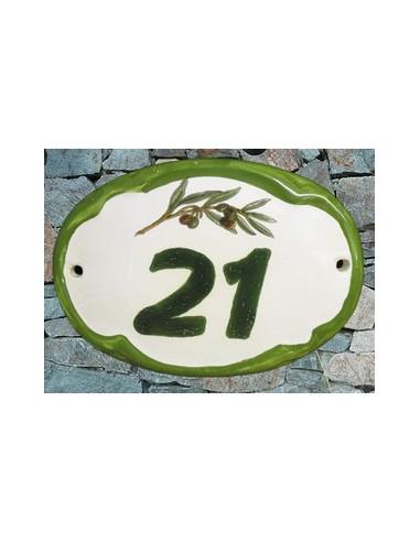 Plaque de porte en faience blanche modèle ovale décor brin d'olives avec inscription personnalisée bord vert