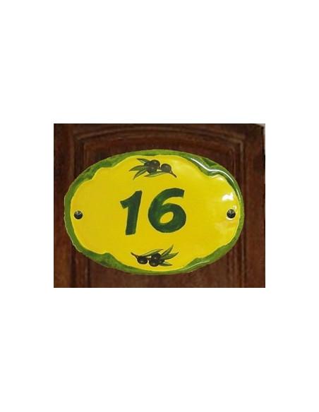 Plaque de porte en faience modèle ovale sur fond jaune décor olives noires avec inscription personnalisée