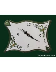Horloge de cuisine en céramique forme parchemin décor Fleuri verte