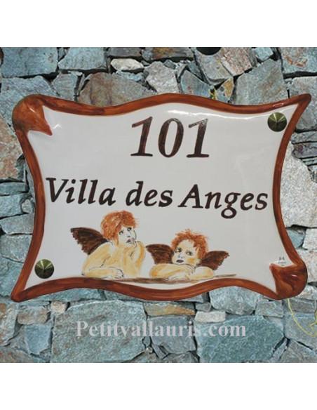 Grande plaque de maison modèle parchemin en céramique motif angelots + personnalisation
