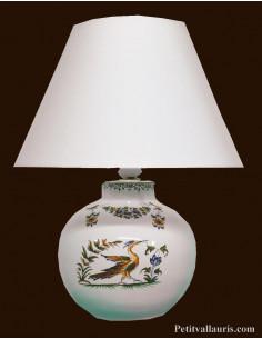 Lampe en faïence modèle ronde décor reproduction Vieux Moustiers