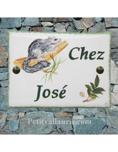 plaque de maison céramique décor faucon pellerin inscription personnalisée