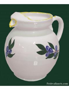 Pichet a eau forme boule en faience contenance 1 Litre environ décor motifs raisins et vignes