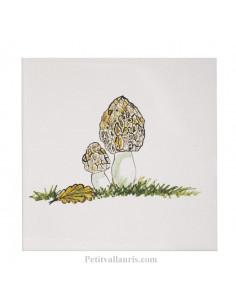 Carreau mural en faience blanche avec motif artisanal champignons morilles