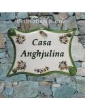 Plaque de maison parchemin en céramique reproduction fleurs Vieux Moustiers traditionnel + personnalisation