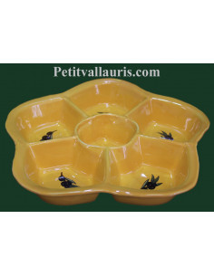 Grand plat à compartiment en faience pour l'apéritif ou l'entrée de couleur jaune provençal motif olives noires