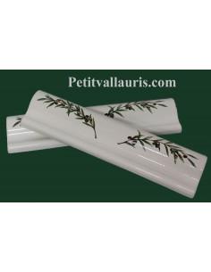 Listel modèle corniche en faience émaillée blanche motif brins d'olivier