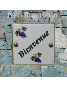 Plaque numéro de maison en faience émaillée motif Grappe de raisin + chiffre personnalisé vert