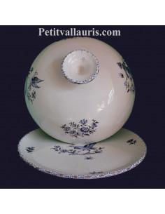 Cloche à fromage avec plateau en faience motifs reproduction vieux moustiers camaieux de bleus