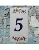 Numero de rue à coller en faience chiffre 5 motif fleurs tradition polychrome