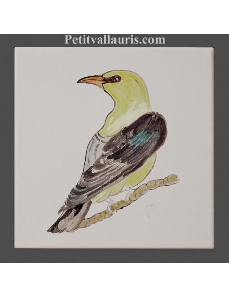 Carreau mural en faience blanche collection oiseaux avec motif artisanal Lori