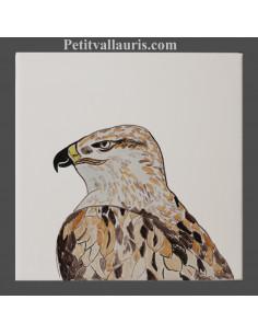 Carreau mural en faience blanche collection oiseaux avec motif artisanal Aigle