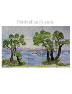 Fresque murale sur carreaux de faience décor artisanal modèle bord de mer et pins 45x75