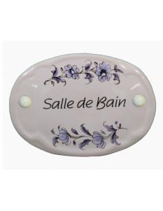 Plaque ovale de porte en faience blanche avec inscription Salle de bain décor fleurs reproduction vieux moustiers bleu