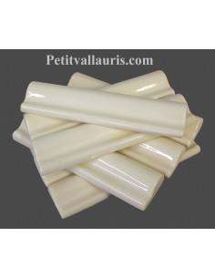 Listel-bordure modèle corniche en faience émaillée couleur unie ivoire