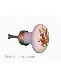 Gros bouton de placard rond en porcelaine blanche motif artisanal fleurs coloris marron (diamètre 50 mm)