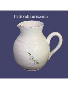 Grand Pichet -broc à eau en faience décor motifs artisanaux fleurs de lavande mauve-parme collection Nana'60