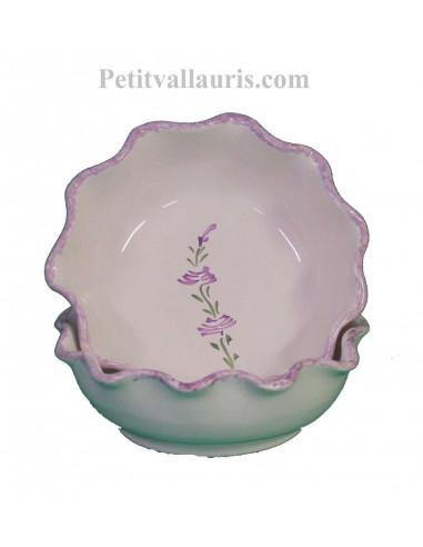Coupelle dentellée en faience blanche pour l'apéritif ou le dessert décor artisanal fleurs de lavande et contour mauve-parme