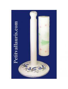 Dérouleur de papier essuie-tout à poser en faience blanche décor artisanal fleuri bleu