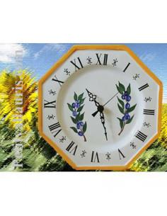 Horloge murale modèle octogonale en faïence décor artisanal collection olives bleues