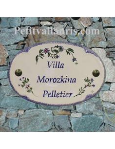 Plaque en céramique émaillée pour maison de forme ovale décor artisanal les Bleuets + personnalisation