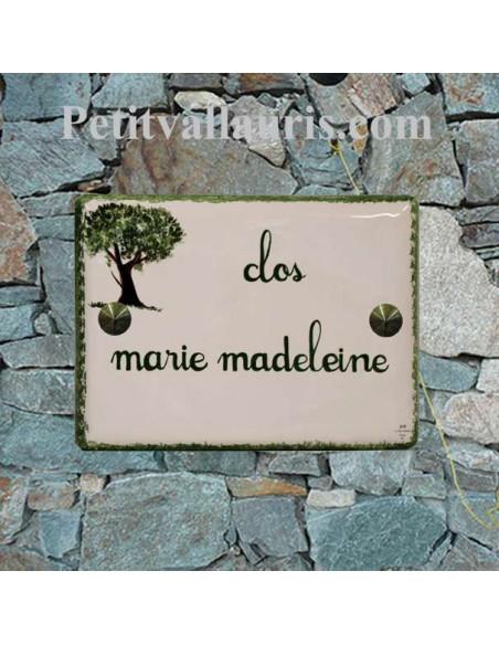 plaque de maison céramique personnalisée décor petit olivier inscription personnalisée couleur verte